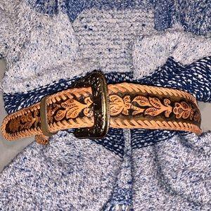 Gorgeous Western belt